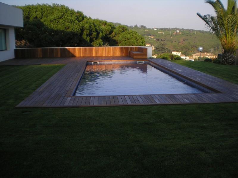tarima exterior para piscina en cabrera de mar park