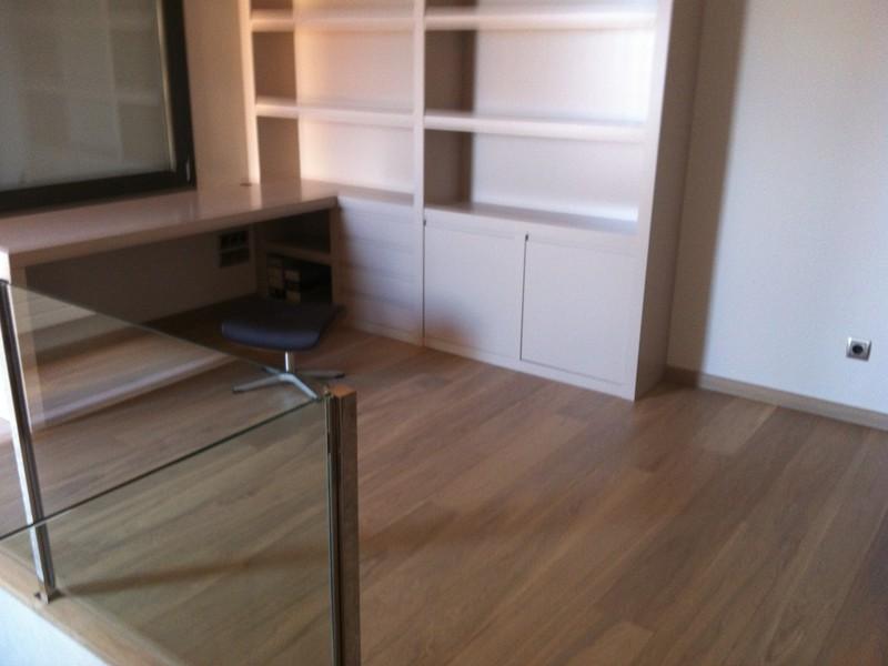 C mo reparar ara azos en el parquet park house studio - Como reparar piso de parquet rayado ...