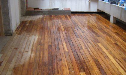Colocación tarima de madera en vivienda particular