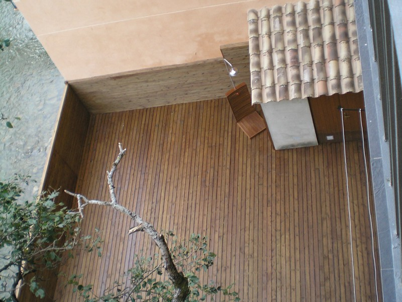 Colocaci n de tarima de madera y valla en terraza - Colocacion de parquet de madera ...