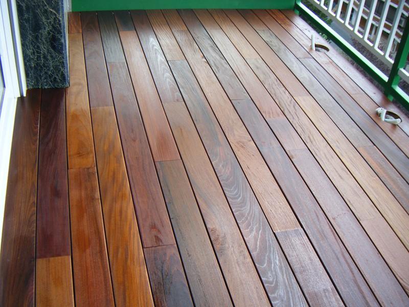 Instalaci n de tarima de madera en piscina park house - Tarima de exterior ...