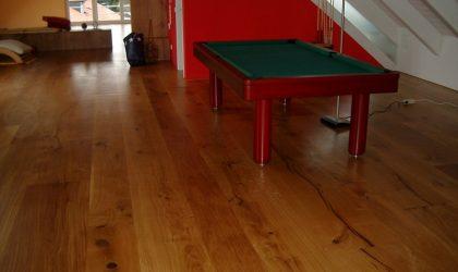 Instalación de suelo de roble en comedor y habitaciones para vivienda particular